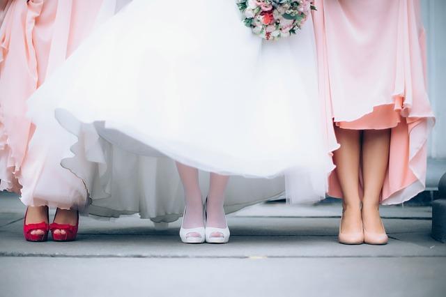 結婚式を考え始めた2人へ〜ブライダルフェアでできるコト7選〜