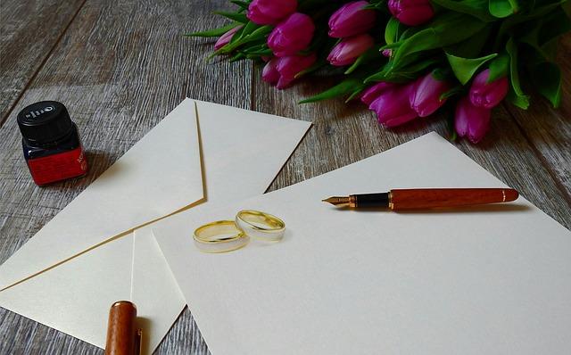 結婚式の招待状はいつ送る?基本的なマナーとポイントはコレ!