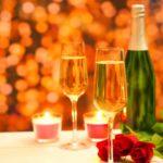 逆プロポーズのシチュエーションは?指輪やプレゼントはどうするの?